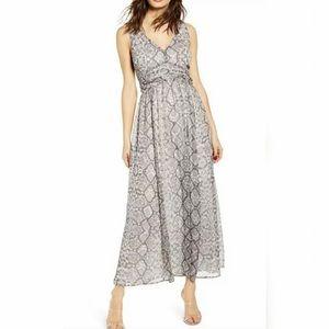 LEITH Women's Ruched Waist Chiffon Maxi Dress